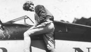 amelia earhart biography amelia earhart mini biography