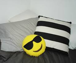 make your own emoji pillow all