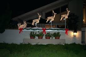 holiday yard decorations outdoor decorations and lighting ideas outdoor holiday decorating ideas lights