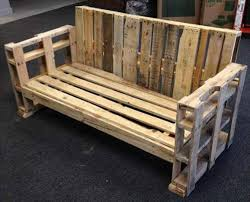 diy wooden pallet bench
