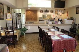 dining round table pizza visalia 4035 s mooney blvd restaurant reviews phone