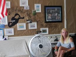 On Cuttyhunk Island, A One-Room Schoolhouse Provides An Unsteady  'Heartbeat' | Edify