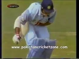 Shoaib Akhtar Injures Sourav Ganguly With A Bouncer Youtube