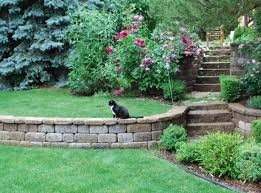 How To Build Retaining Wall On Sloped Backyard Hotelpicodaurze Designs Unique Backyard Retaining Wall Designs Plans