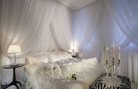 Romantic Bedroom Design Ideas With Candle And White Curtains