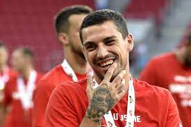 """Emanuel Roşu على تويتر: """"Update on Stanciu to #Galatasaray: Galatasaray  made another offer, the player wants to go, all depends on Slavia at the  moment.… https://t.co/Q0quR3H2xf"""""""