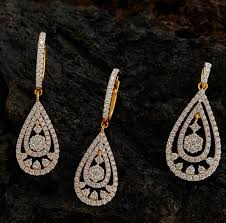 diamond pendant set 13 khazana day 1010551 585x575