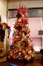 Elegant+Decorated+Christmas+Trees | Red and gold elegant Christmas tree |  Christmas