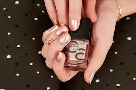 Catrice Iconails Gel Lacque Lak Na Nehty 54 All That Glitters Is Gold 105 Ml