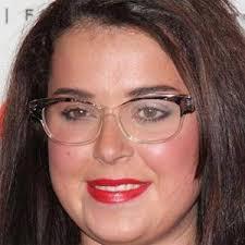 Danielle jane dani harmer (born 8 february 1989) is an english television actress, presenter and singer. Dani Harmer Bio Family Trivia Famous Birthdays