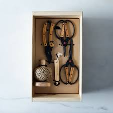 essential garden tools gift set 90