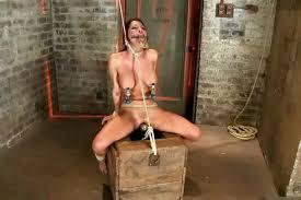 Teen gets extreme bondage tortured