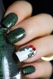Christmas Holly Nail Art - Tutorial | Nail art | Pinterest | Art ...