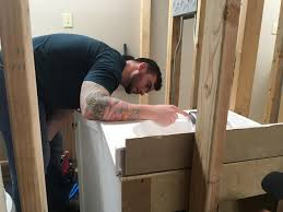 why a nashville handyman service went all in to hire veterans markus burns spent six years in the infantry and is training to become a plumber