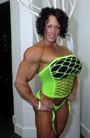 Big tits bodybuilder blowjob
