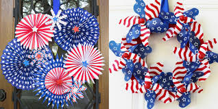 17 diy 4th of july wreaths that will dress up your front door