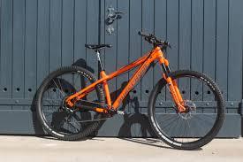nukeproof scout 290 p 29in hardtail manitou there are two scout 290 models this is the entry level spec called the race