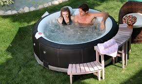how do inflatable hot tubs work