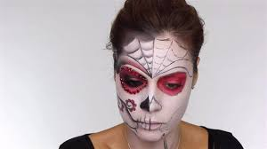 outline on mouth easy day of the dead makeup tutorial perfect for