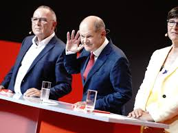 Olaf scholz is a german politician serving as federal minister of finance and vice chancellor under chancellor angela merkel since 14 march. Warum Olaf Scholz Im Sudwesten Auch Ohne Spd Chefin Esken Punktet