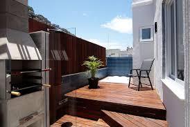 36 apartamentos com 3 quartos, sendo 1 suíte com closet e 2 semissuítes, salas de. Cobertura 2 Quartos Com Terraco Bbq E Jacuzzi