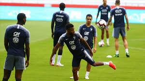 Son kolon uluslararası hazırlık maçları 2018 sezonu için iki takımın maçlarındaki toplam korner sayılarının ortalaması üzerinden hesaplanır. Fransa Milli Takimi Kadrosunda Kimler Var Fransa Nin Muhtemel 11 I