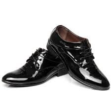 business men s shiny leather shoes