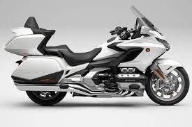Honda goldwing 2021 overview in 2020 goldwing honda best scooter. 2021 Honda Gold Wing Tour Bookings Open Why It Costs Rs 37 2 Lakh The Financial Express