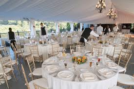 chiavari chairs how many people will fit around a round folding banquet table