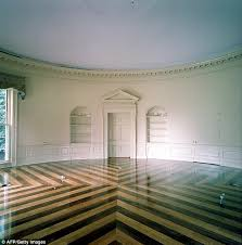 picture of oval office. could use some walltowall the oval office was renovated in 2001 picture of