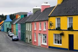 how to choose exterior paint colorsHow to Choose an Exterior Paint Color for your Home  Freshomecom