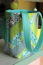 Friendship Bag | Fabric scraps, Tote bag patterns and Quilted tote ... & Crafty Gemini | Jenny Doan and Crafty Gemini Improv Tote Bag Tutorial |  http:/ Adamdwight.com