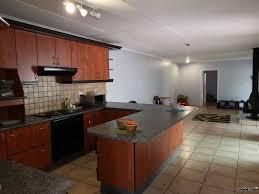 Avis klein Hamburg 4 bedrooms townhouse for rent. N$13,000.00 - My Namibia