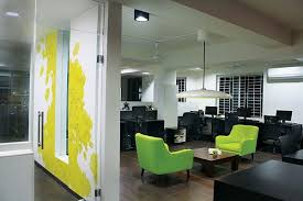 Advertising office interior design Wall View In Gallery Homedit 22 Feet Advertising Agency Office Interior Design