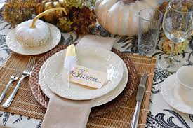 table place cards. 3 diy thanksgiving- place card table setting tutorial, featuring gold mettalic polka dots at cards d
