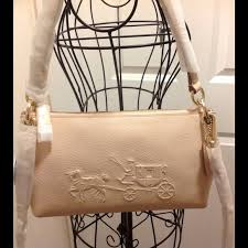 HP ❤️Coach Embossed Horse Carriage bag apricot NWT