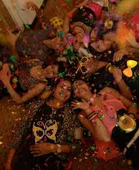 Small Picture Home is where the party is Simply Kolkata India Today 9122013
