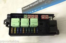 genuine bmw mini r50 r52 r53 main engine bay fuse box image is loading genuine bmw mini r50 r52 r53 main engine