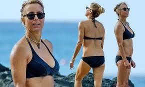 Téa Leoni soaks up the sun in black halterneck bikini as she continues  idyllic break in Barbados   Daily Mail Online
