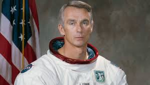 Gene Cernan, last man to walk on moon, dies