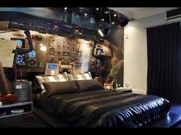 College Guys Bedroom Ideas 2
