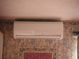 Small Air Conditioning Unit For Bedroom Small Bedroom Air Conditioner For A Better Nights Sleep Bedroom