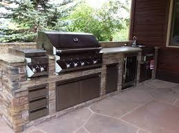 louisvilleco custom outdoor kitchen featuring twin eagles wetbar natural gas grill