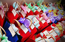 housewarming return gift ideas for indian family creativepoem co