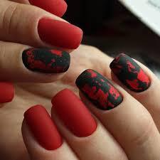 černé A červené Matné Nehty Matné Nehty Výhody A Nevýhody Manikúry