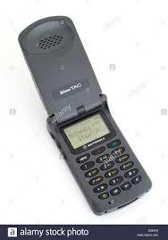 first motorola phone. motorola startac star tac 85. first clamshell / flip mobile phone released 1996 o