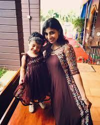 Designer Dresses For Mother And Daughter Idea For Mother And Daughter Mother Daughter Dresses
