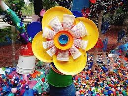 Resultado de imagen para imagenes de plasticos reciclados