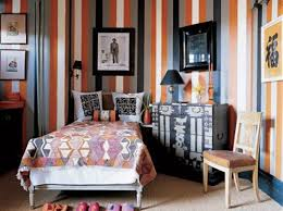Awesome 15 Classy Bedrooms With Striped Walls