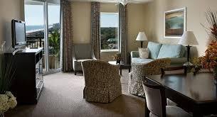 Tilghman Beach U0026 Golf Resort: Living Room For 3 Bedroom Golf View Suite